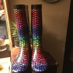 Sugar boots size 9
